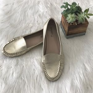 Gold sperry Georgia loafers